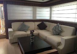 Ferretti Custom Line Navetta 33 - click to enlarge