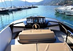 Riva 86 Domino - click to enlarge