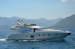 Azimut 68 Plus - SOLD - click to enlarge